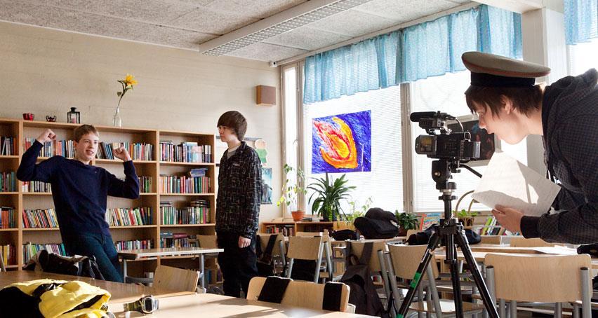 Taiteilija-koulussa-2011_kuva-Miikka-Kiminki_MG_9134_11881_Annantalo_55447