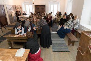 Pohjanmaan lastenkulttuuriverkosto BARK aikamatkalla itsenäistyvässä Virossa